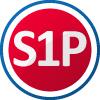 S1P Schutzklasse nach EN ISO 20345 - Sicherheitsschuhe mit Zehenkappe für hohe Belastungen, deren Schutzwirkung gegen Stoßeinwirkung mit einer Prüfenergie von mindestens 200 Joule und gegen Druck bei einer Druckbeanspruchung von mindestens 1500 Newton geprüft wird. S1P Sicherheitsschuhe mit Zehenkappe und Durchtrittschutz Einsatzgebiet: TROCKENBEREICH